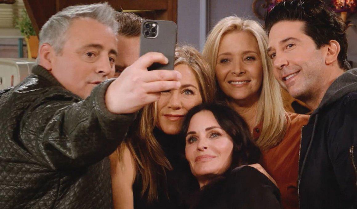 """Τα Φιλαράκια μιλούν για το """"Friends Reunion"""""""