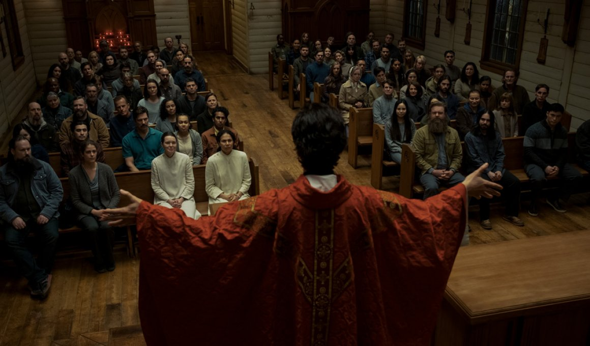 """Midnight mass"": Χαμένο στοίχημα"