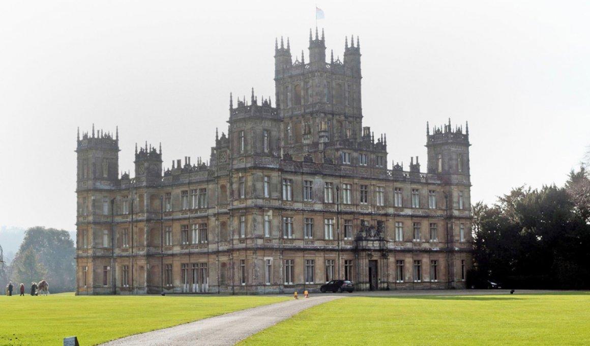 Ο πύργος του Downton Abbey μπήκε στο Airbnb!