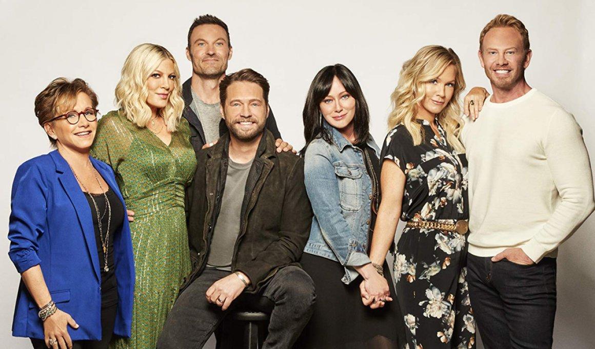 """Beverly Hills 90210"": Νοσταλγία για hardcore φανς"