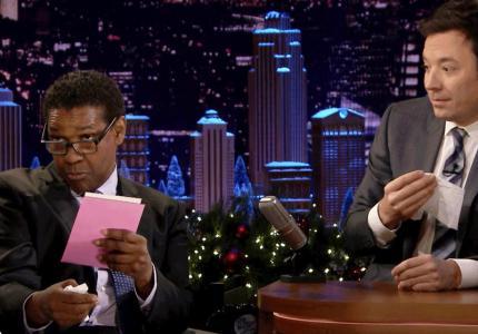 denzel washington reads christmas cards