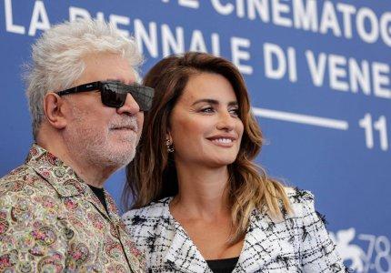 Βενετία 2021 – Πέδρο Αλμοδοβάρ, Πενέλοπε Κρουζ, Ρομπέρτο Μπενίνι