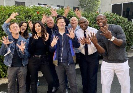 Το Brooklyn Nine-Nine ανανεώθηκε για 8η σεζόν
