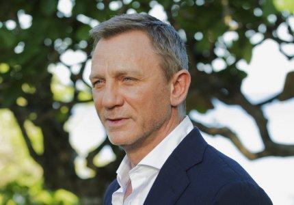 Ο James Bond κάνει κακό στην υγεία του Ντάνιελ Κρεγκ!
