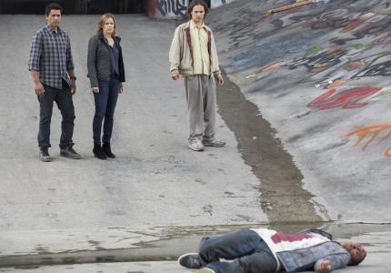 """Το μεγάλο ρεκόρ του """"Fear The Walking Dead"""" - s01e01"""
