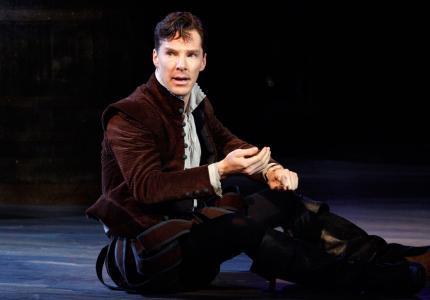 """Είδαμε τον """"Hamlet"""" του Μπένεντικτ Κάμπερμπατς"""