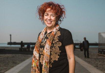 """Μαρία Λάφη: """"Δεν υπάρχουν καλοί ή κακοί, υπάρχουν μόνο παγιδευμένοι άνθρωποι"""""""