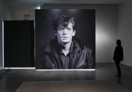 "Berlinale 16 - ""Mapplethorpe"": Φωτογράφος γεμάτος φως και σκοτάδι..."