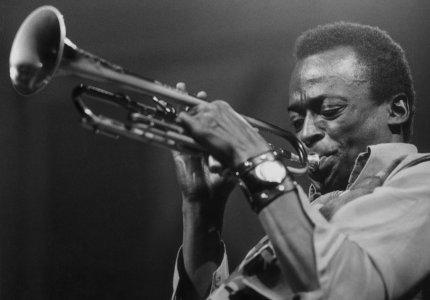 """Νύχτες 19: """"Miles Davis: Birth of the Cool"""" - Κριτική"""