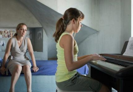 "Berlinale 14: ""Στο σπίτι"" - REVIEW"