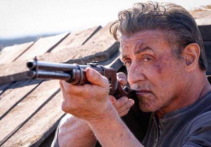 Rambo με άσφαιρα στην κορυφή