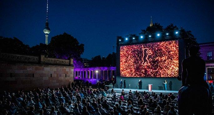Berlinale 2021 Summer Edition: Μια μαγεία...
