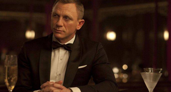 Ντάνιελ Κρεγκ vs James Bond